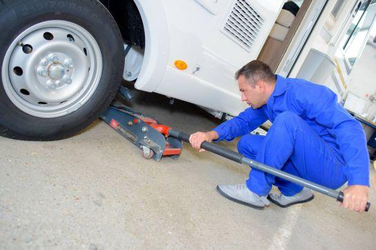 Tipps für den Reifenwechsel am Wohnmobil