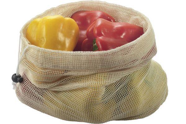 Frisches Obst und Gemüse kann in einem Frischenetz transportiert und gelagert werden.