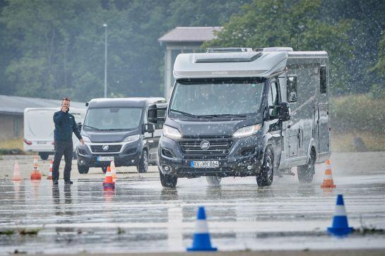 Fahrsicherheitstraining für Wohnwagen und Wohnmobil