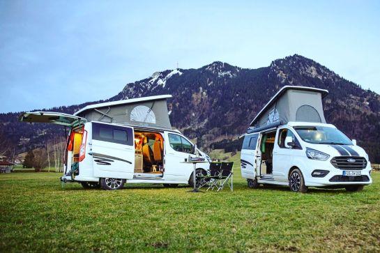Campingbusse mit Aufstelldach