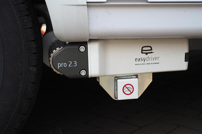 Der Easydriver pro 2.3 einfaches Anschwenken der Motoren per Knopfdruck